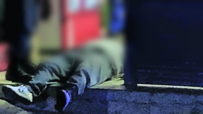 Ejecutan a quemarropa con seis balazos a hombre que salía de tienda en Morelos