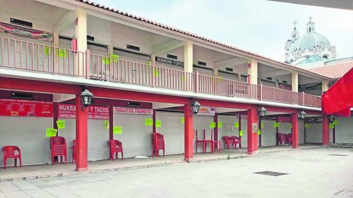 En el olvido las plazas gastronómicas en Edomex; pretenden cambiarlas de giro comercial