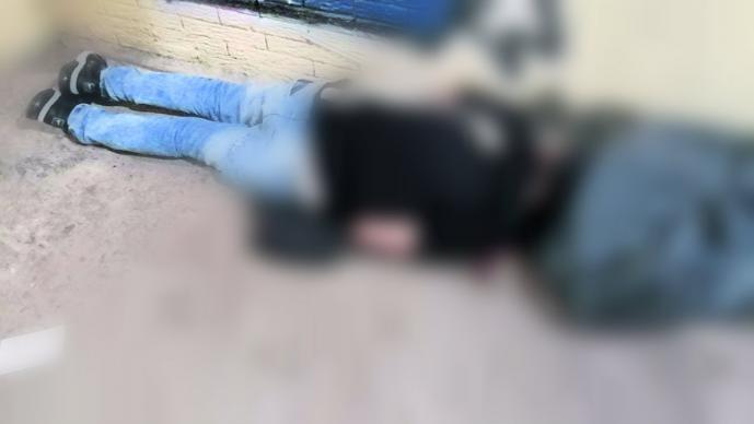 Asesinan a balazos a un hombre por salir con mujer que tenía novio, en Azcapotzalco