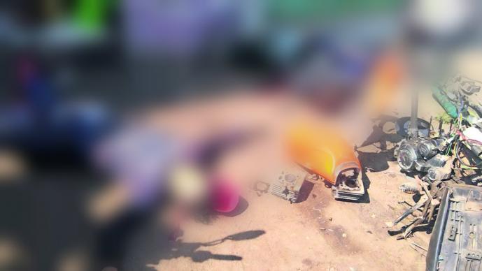 Asesinan a par de mecánicos en taller de Tultitlán; homicidas iban en auto