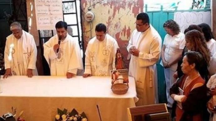 Sacerdote que dio misa en memoria de Fátima, propone red de vecinos para proteger niños