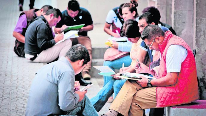 Más de 200 mil personas en la CDMX están desempleadas; 45 mil con seguro de desempleo