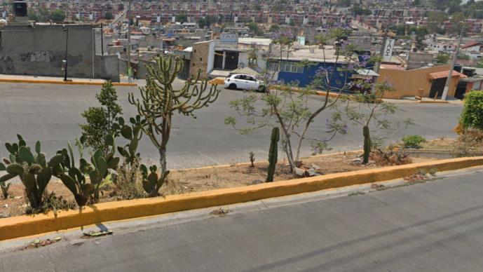 Asesinan de 10 balazos a motociclista mientras circulaba por calles de Tultitlán, Edomex