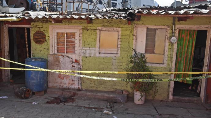 Hombre mata a su hija, a su yerno y una amiga de ambos, en la CDMX