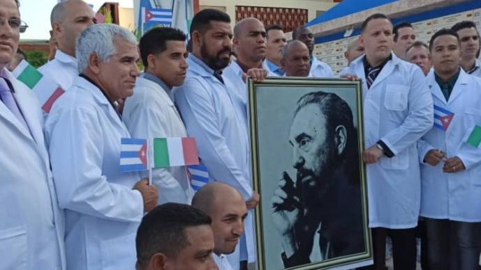 Cuba manda brigada de médicos a Lombardía, región más afectada por coronavirus