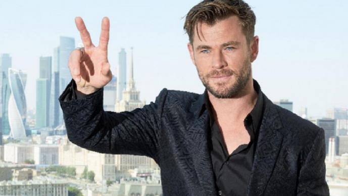 Chris Hemsworth te invita a realizar rutinas de ejercicio para ponerte como Thor