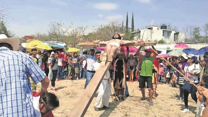 Secretaria de Salud de Morelos pide prevenir contagio del coronavirus y cancelan Viacrucis