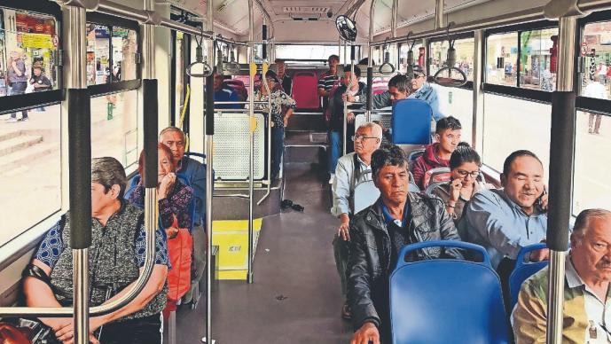 Pese a la baja demanda por Covid-19, transporte no suspenderá servicio en CDMX y Edomex