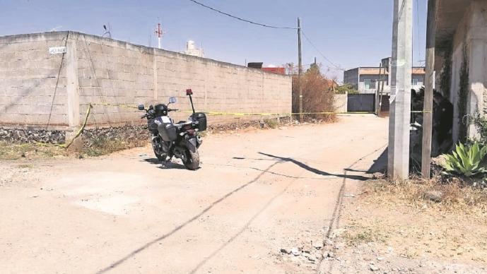 Vecinos se juntan para golpear a presuntos asaltantes en Cuernavaca