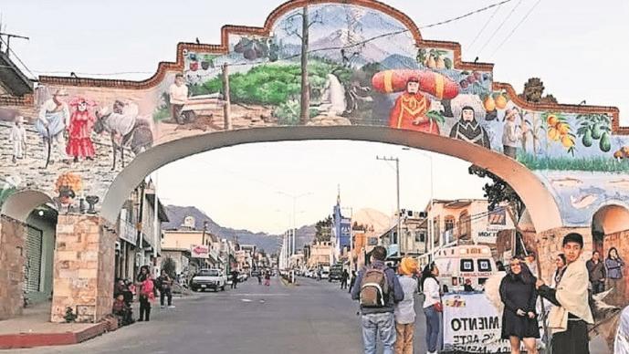 Restringen paso a turistas e imponen toque de queda por Covid-19, en Jantetelco, Morelos