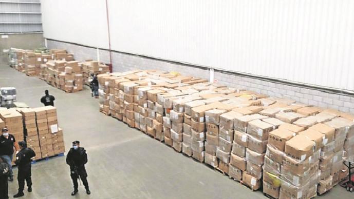 Fiscalía del Edomex encuentra cubrebocas robados en Tultitlán; valen 60 millones
