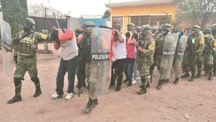 """Por falta de pruebas, Fiscalía de Guanajuato libera a la madre de """"El Marro"""""""