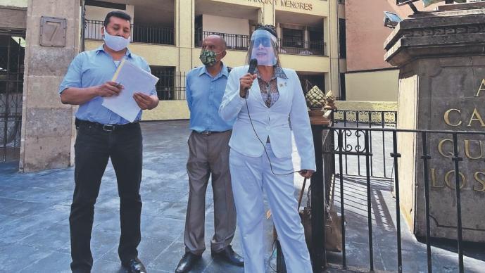Abogados se manifiestan para modificación de ley orgánica del Poder Judicial, en Morelos