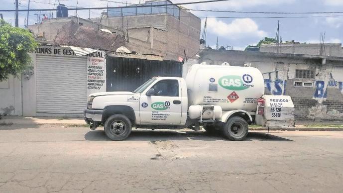 Delincuentes acribillan a dos repartidores de gas, los querían asaltar en el Edomex