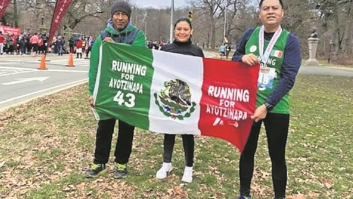 Antonio Tizapa encabeza 'Running for Ayotzinapa 43', en busca de su hijo desaparecido