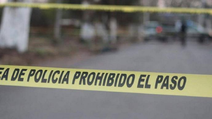 Sujetos entran a la casa de un hombre, lo sacan y le disparan en el rostro en Guerrero