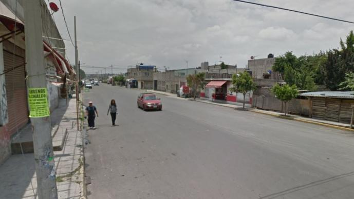 Ladrones le disparan por la espalda a una mujer que se resistió a asalto, en Edomex