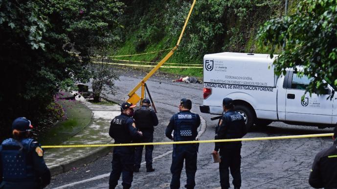 Abuelito de 80 años cae de su balcón unos 15 metros en la Ciudad de México