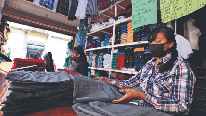 Vendedores de uniformes escolares perdieron el 99 por ciento de la venta, en CDMX