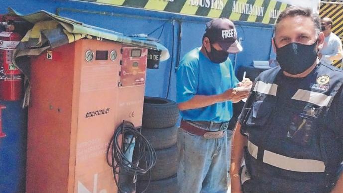 Cierra negocio de llantas en Morelos tras denunciar extorsión de Protección Civil