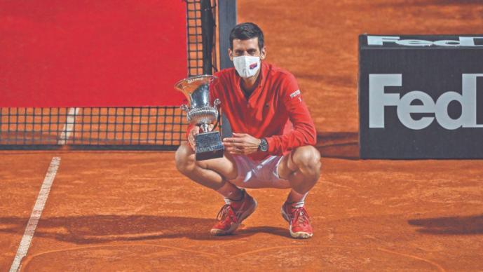 Novak Djokovic pasa a la historia tras derrotar en sets corridos al argentino Schwartzman