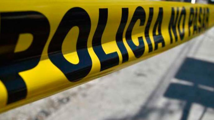 Taxista muere atropellado mientras cambiaba una llanta, en Morelos