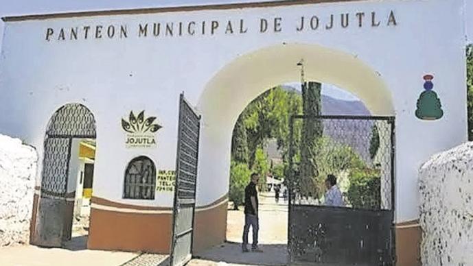 Familiares podrán visitar panteones en Morelos durante el Día de Muertos