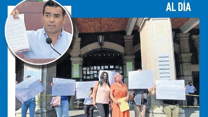 Mujeres se manifiestan contra diputado por declaraciones misóginas en Morelos