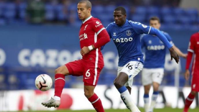 Everton y Liverpool empatan en la Premier