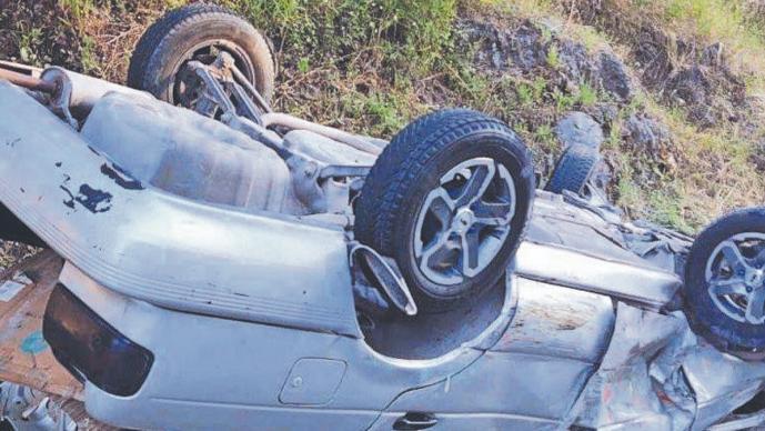 Conductor ebrio le causa la muerte a una mujer en Morelos, tras impactar su camioneta