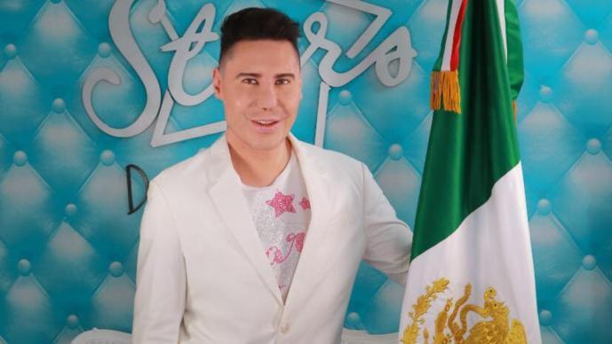 Reportan suicidio de Daniel Urquiza, El Rey de las Extensiones conocido mundialmente