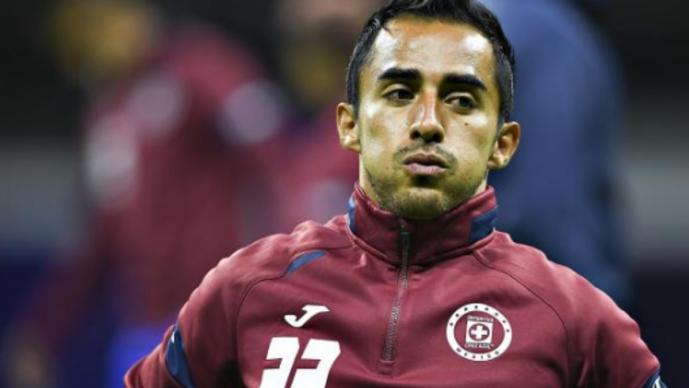 Rafael Baca es baja de Cruz Azul por Covid-19