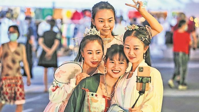 Wuhan se convierte en atracción turística de China, tras ser la cuna del Covid-19