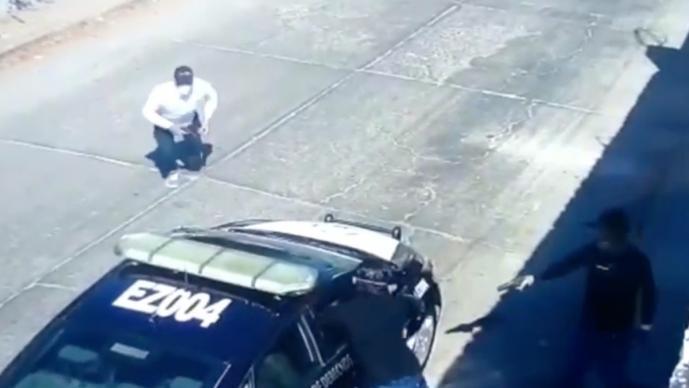 Matan a policía de tránsito dentro de su patrulla en Morelos