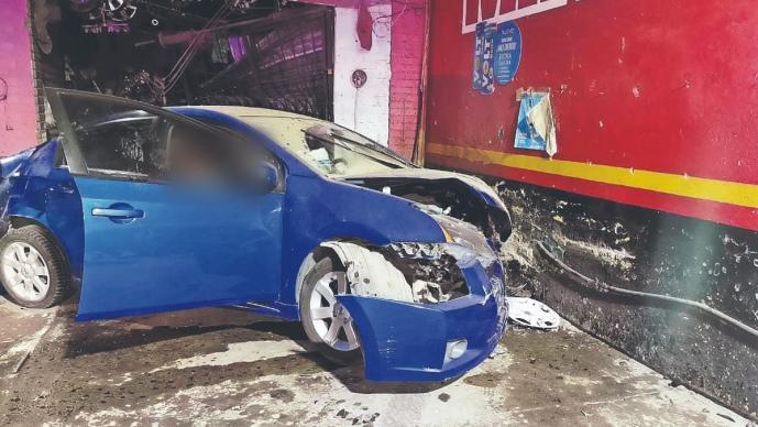 Dos parejas se emborrachan, suben a auto y la desgracia los alcanza en la México-Texcoco