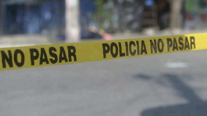Hallan cadáver en estado putrefacto en Morelos, junto al cuerpo se encontraba una jeringa