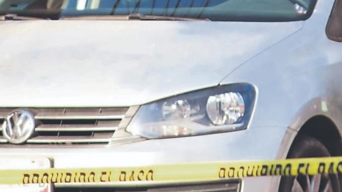 Sicarios emparejan a automovilista y lo asesinan de seis balazos, en Morelos