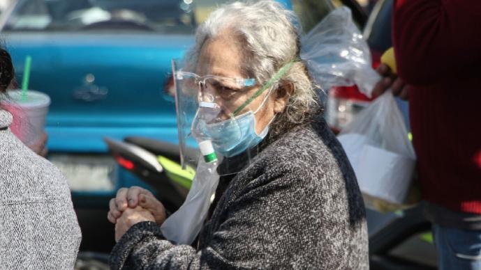 México vive su peor registro por Covid, suma en 1 día 22 mil contagios y mil 803 muertes