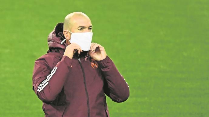 El club del Real Madrid informó que Zinedine Zidane dio positivo a Covid-19