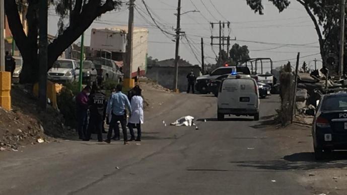 Evade retén, arrastra a policía 50 metros y lo deja sin pedazo de la cara, en Iztapalapa