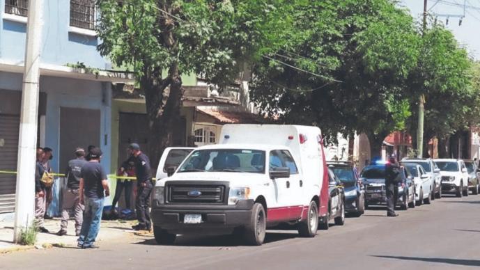 Caída le arrebata la vida a un jardinero en el Edomex, cayó de unos dos metros de altura