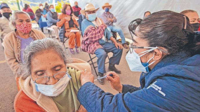 Avanza 83 por ciento la vacunación contra Covid-19 en seis alcaldías de la CDMX