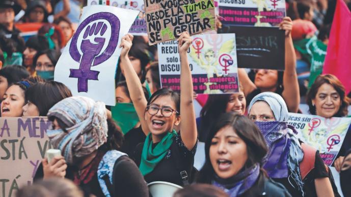 Denuncian abuso de autoridades durante marchas feministas, en varios estados de México