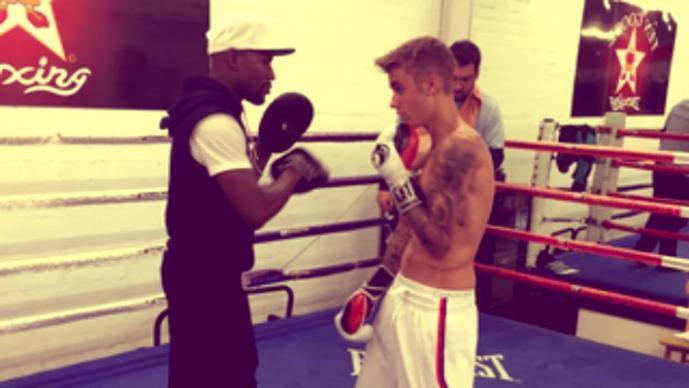 Floyd Mayweather Jr. y Justin Bieber (Foto: Twitter)