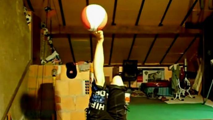 Selyna Bogino y su impresionante habilidad con los balones | VIDEO