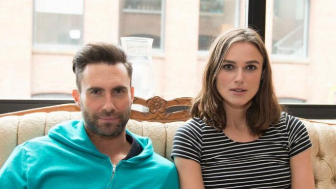 Adam Levine y Keira Knightley