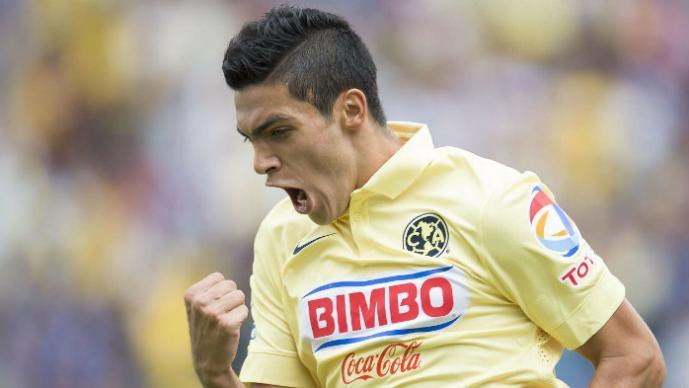 América derrota a Pumas sólo con el uniforme