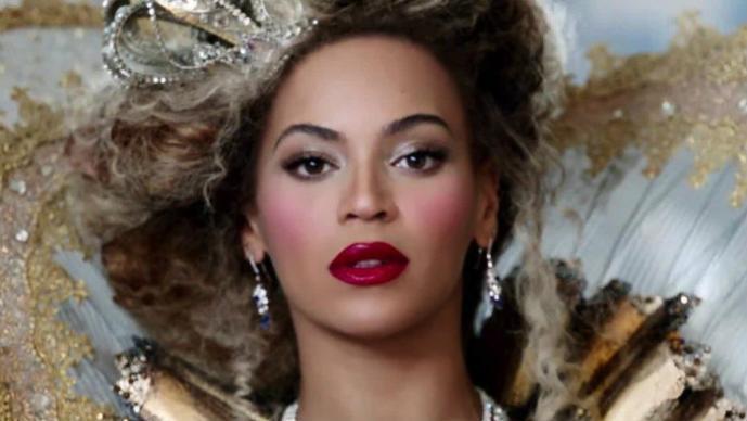 """Beyoncé Revela video de la película """"50 sombras de Grey"""""""