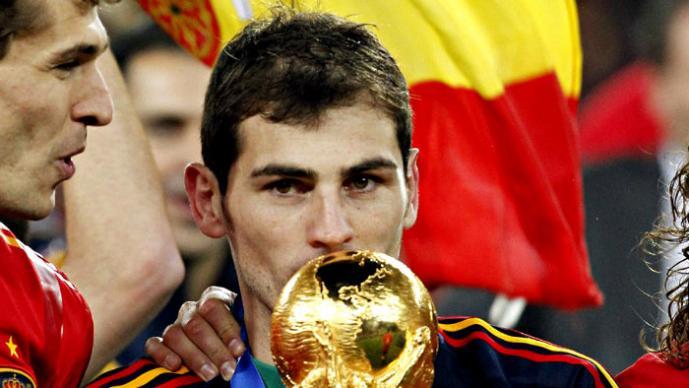 Iker Casillas y sus mejores atajadas