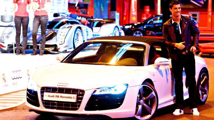 CR7 y su auto